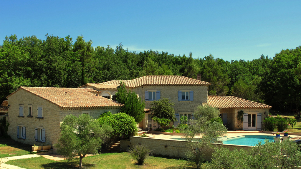 Gites in the luberon g te du m ou at lauris for What is a gite